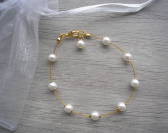 Pearl Bracelet, Bridal Bracelet, Gold plated Bracelet, Bridesmaids Jewelry, Pearl Drop Bracelet, Gift for her, Pearl Bracelet, 40ADBGP