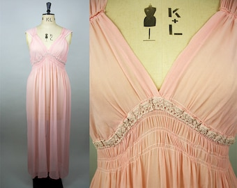 1930s Pink Silk Nightgown / Silk and Lace Nightdress / Vintage Silk Crepe Slip / Plus Size Vintage / Size Extra Large / M L XL XXL