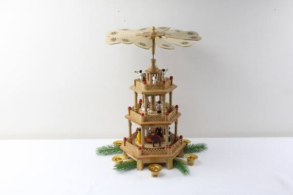 Original Erzgebirge table pyramid Christmas pyramid three floors DDR