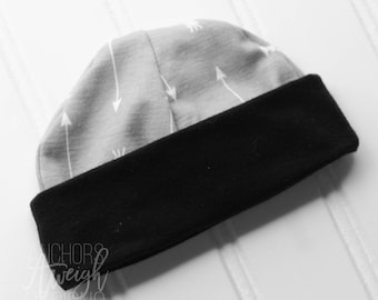 Grey Arrow Newborn Hat