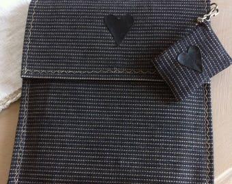 Clutch purse black iPad pinstripes, matching usb keychain