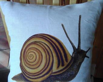 Snail Cushion
