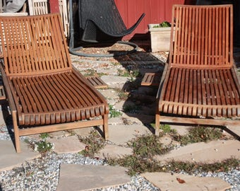 Smith and Hawken Teak Lounge Chairs wit adjustable back and hidden pull out tray, Patio Set, Outdoor Furniture, Great condition + cushions,