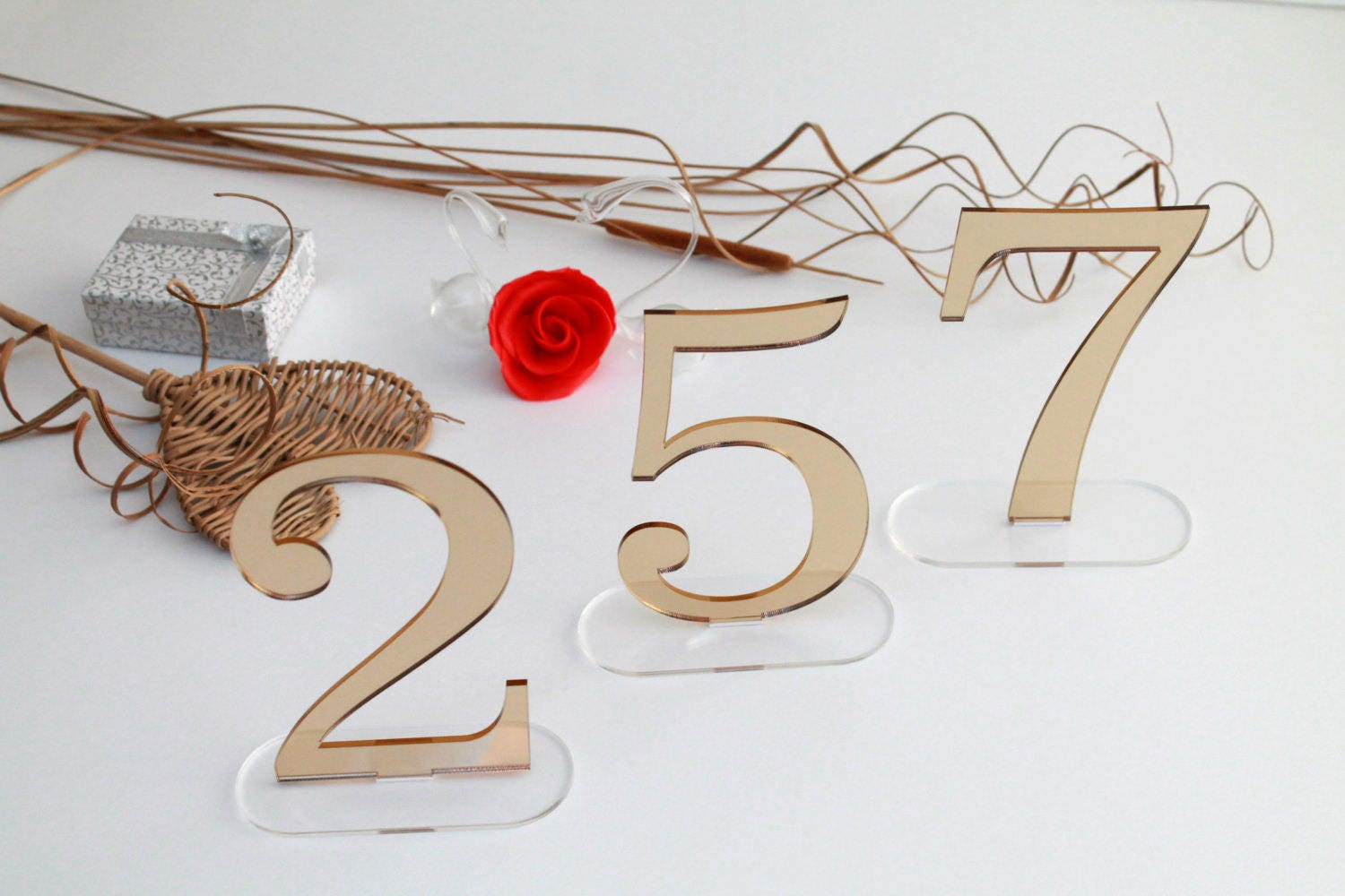 Wedding table numbers mirror acrylic for