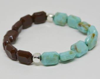 Lovely two tone plastic bracelet