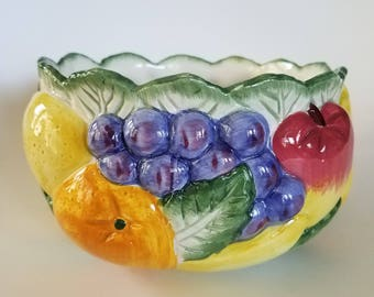 Fitz and Floyd fruit bowl 1998 // scalloped edge bowl // ceramic bowl // FF  // collectible//