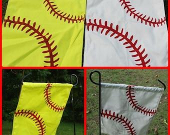 Baseball & Softball Garden Flag