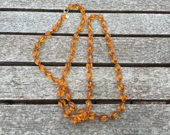 Sarah Coventry Twisted Amber Beaded Necklace 1257