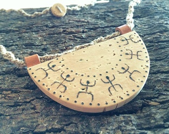 Petroglyphs Half Moon Necklace-Nuragic symbology Collection