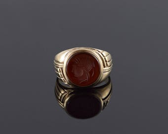 10k Carved Carnellion Gladitor Man Warrior Ring Gold