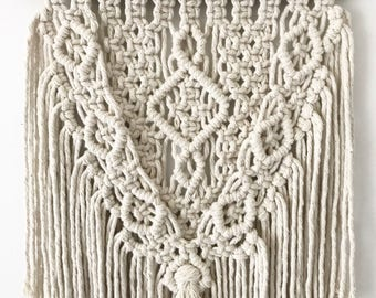 STAR - Macrame Wall Hanging