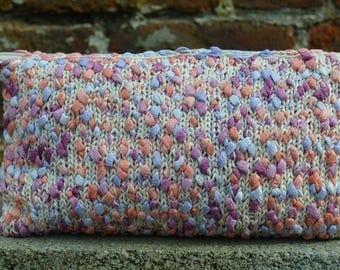 beige Boucle knit Kit