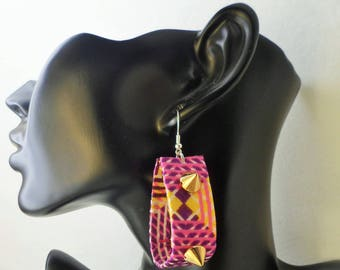 Fabric earring and spines