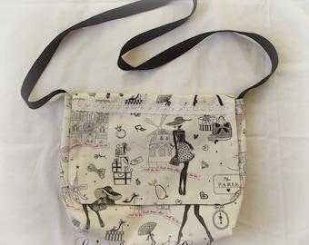 paris ladies Messenger bag