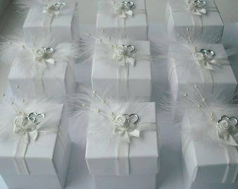 10 x Feather Wedding Favour Boxes