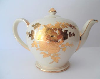 Vintage Sadler Teapot. Large Pottery Teapot. Vintage Tea Pot