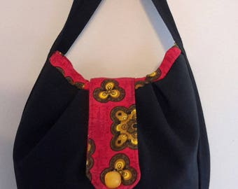 Hand bag black and Red