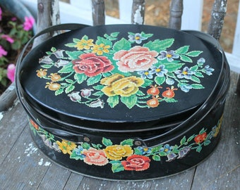 Vintage Cookie Biscuit Sewing Tin