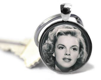 Judy Garland, Keychain or Pendant, Classic Hollywood, Hollywood Glamour, Classic Films, Actresses, Hollywood Glam
