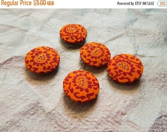 5% off Set of 5 Fabric Buttons, 25mm buttons, Floral Fabric Buttons, Decorative Buttons, Fabric Covered Buttons, Orange Buttons