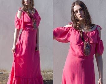 Vintage 70s 1970s pink off shoulder maxi dress boho bohemian peace vintage