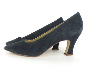80s Suede Pumps Midnight Blue Leather Heels Classic Cara Leigh Minimalist Heels Dark Blue Womens Shoes Size 8 M