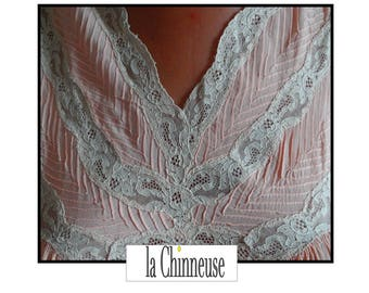 french Vintage Lingerie /LINGERIE old 1930's french /Vintage Nightdress / Vintage Nightgown/lingerie/Gift for her.