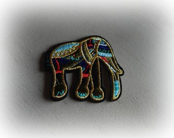 Multicolor elephant fusible applique badge patch embroidered iron-on or sew 6.5 * 5.7 cm