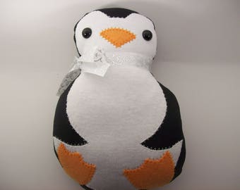 "Penguin toy,Penguin stuffed animal,Child's toy,Not recommended for Children under 3 years,8"" long"