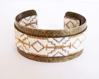 Cuff Bracelet in brass and bronze and White Ribbon