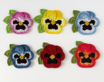 Crochet Flower Pin Brooch Realistic Pansy Crochet Flower Lapel Pin Scatter Pin Choice of Colors Pansy Brooch Womens Gift Fabric Flower Pin