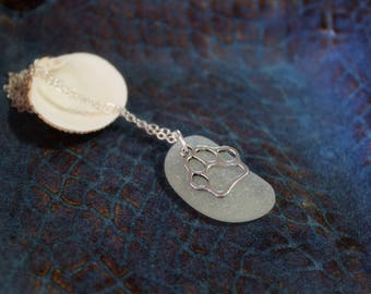 Dog /Cat Paw Necklace with sea glass, perfect gift for pet loss, pet lover, in memory, handmade, gift for her