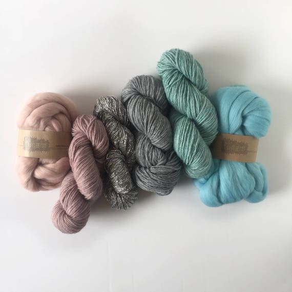 Mixed Yarns & Fibers Pack / Pastel Mint + Oyster