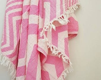 SALE Pink Chevron Fouta towel - Soft Beach blanket - Stonewashed Cotton towel - ZigZag throw - Natural Swaddle blanket -Boho Girls - Gift of