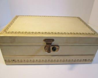 Jewelry Box, Vintage Jewelry Box, Mele Style Jewelry Box