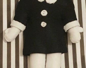 Wednesday Addams, Headless Doll - Felt Plush - Adams Family - Cute and Creepy - Alternative Present - Goth Gift - Halloween Costume/Cosplay