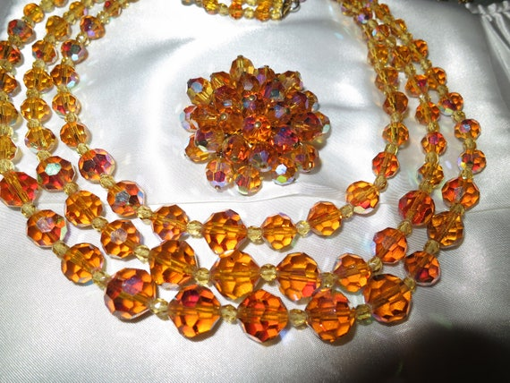 Lovely vintage 1960s 3 strand aurora borealis crystal necklace and brooch