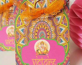 "Box dragees-birthday - themed ""Hindu"" - orange-fuchsia-colored - text-Gold text customization"