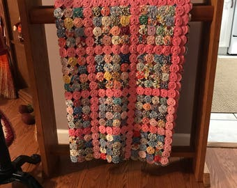 "Beautiful Vintage feedsack handmade YoYo coverlet quilt 75"" by 57"""