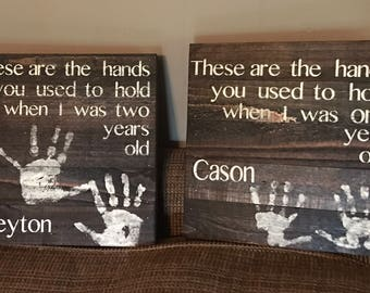 These are the hands wall decor keepsake