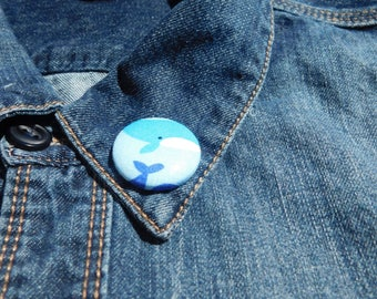 Oh Whale lapel pin