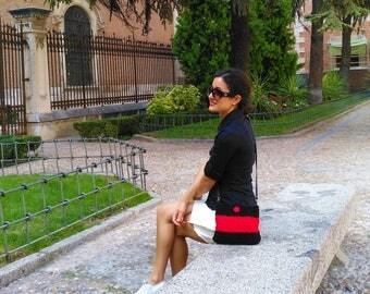 Trapillo bag/Handmade crocheted bag/Shoulder bag/Boho bag/Leather handle bag/Black&Red bag/Red leather cover bag