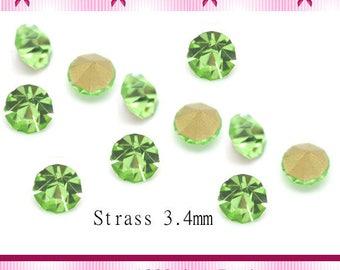 20 rhinestone tapered green size 3.4 mm x 2.3 mm