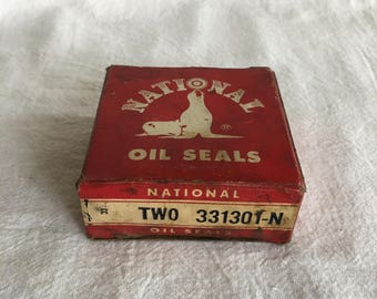 Vintage NOS National Oil Seals, 331301-N, Auto Part Supply, Auto Repair Supply, Service Station Supply