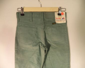 70s-80s corduroy pants// Dead stock NEW w tags vintage WRANGERS USA made// Spearmint green straight western retro// Child boy girl 25 26W 10