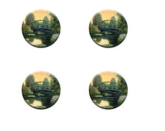 A pack of 4 pattern weights Designed by Bob pettes Heavy fabric weights Ideal for weighing down fabric