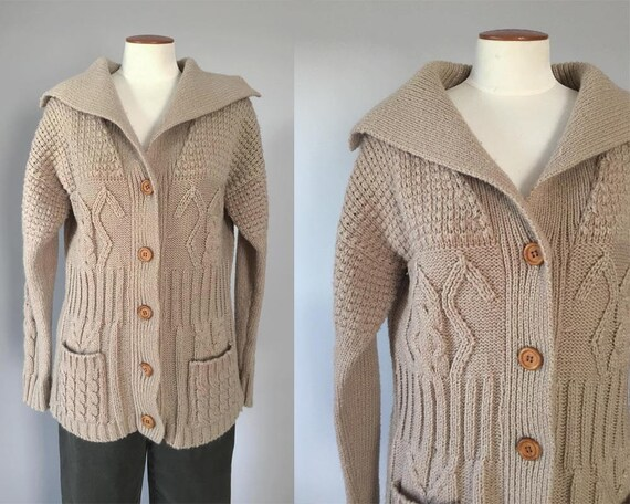 1970s vintage beige chunky cable knit shawl collared boyfriend