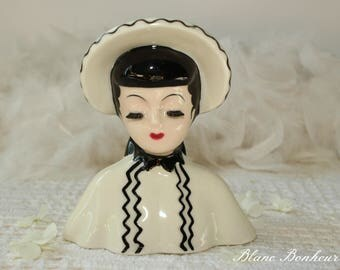 Napco headvase: Lady with white & black dress