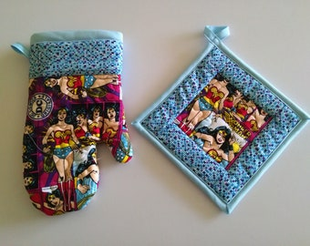 Quilted Wonder Woman Oven Glove and Pot Holder Kitchen Set, Oven Mitt, Gag Gift