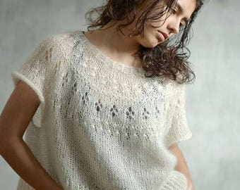 Oversize sweater-knit sweater from kid mohair and Silk